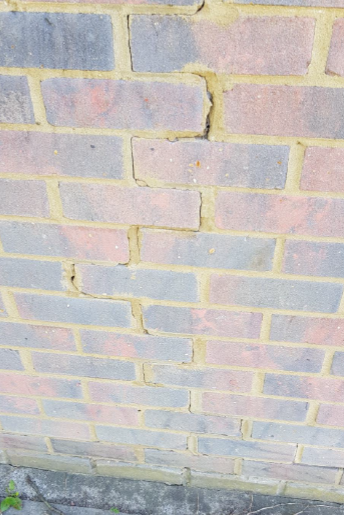 Thermal-Expansion-Cracks-in-Calcium-Silicate-Brick-Walls.png